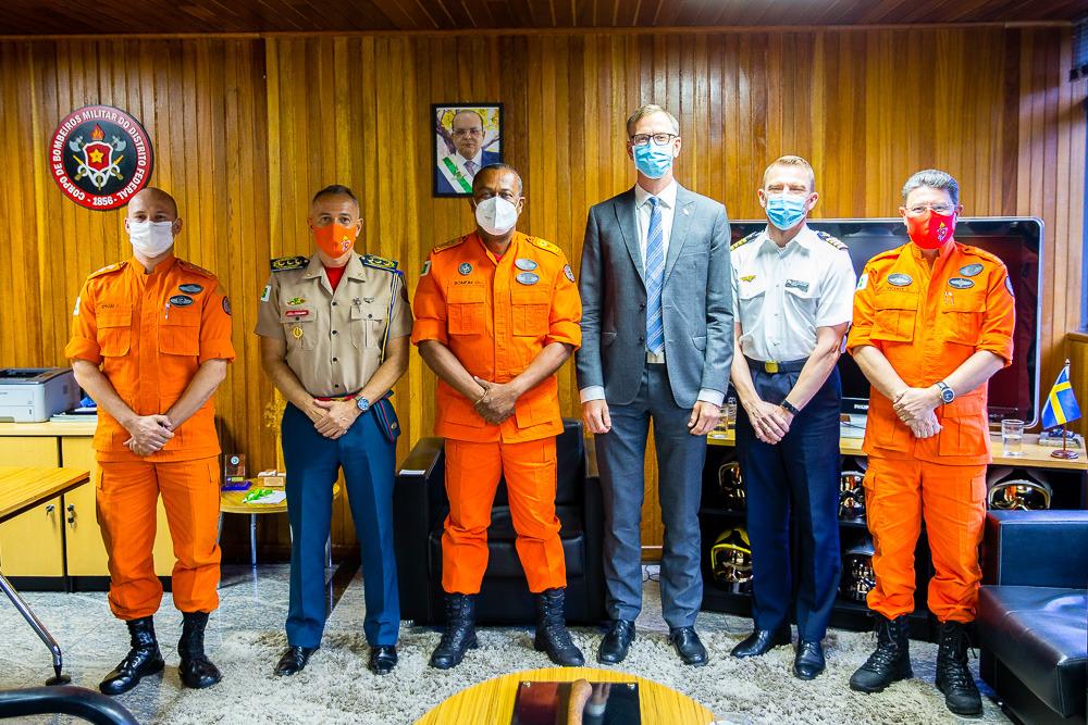 Comandante Geral recebe visita de cortesia do Primeiro-secretário e de adido de defesa da Embaixada da Suécia