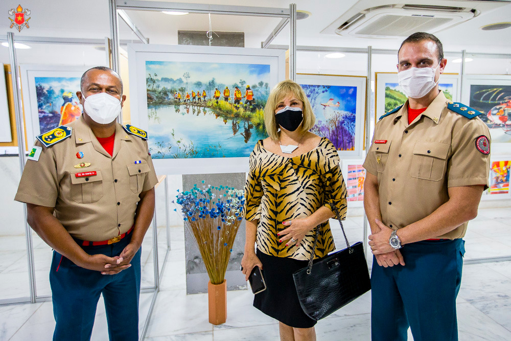 """A exposição de quadros """"CBMDF: ação e arte"""" está em novo local"""
